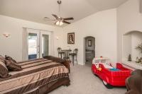 3211 Longview Dr Lake Havasu City, AZ 86406